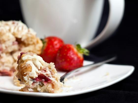 Strawberry White Chocolate Muffins 3