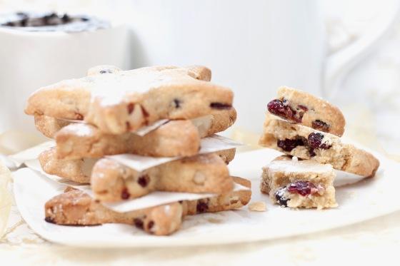 Cranberry & Macadamia Biscuits 3