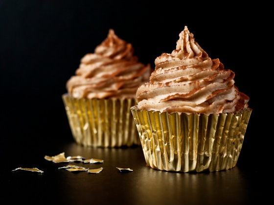 Dark Chocolate Spiced Cupcakes With Ginger Buttercream 1