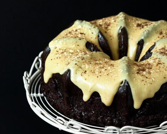 Dark Chocolate Gingerbread with White Chocolate Orange & Cardamom Ganache (2)